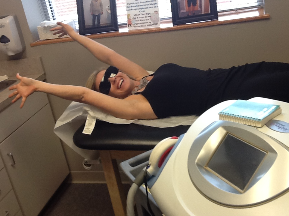 Me getting my laser hair removal under arm treatment at UniqueU
